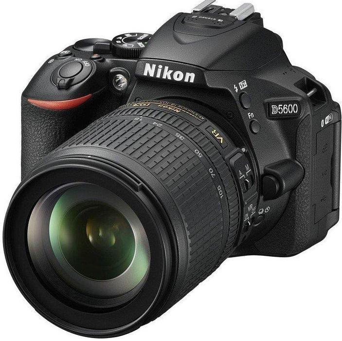 Купить Цифрова фотокамера дзеркальна Nikon D5600 kit 18-105мм VR AF-S, VBA500K003