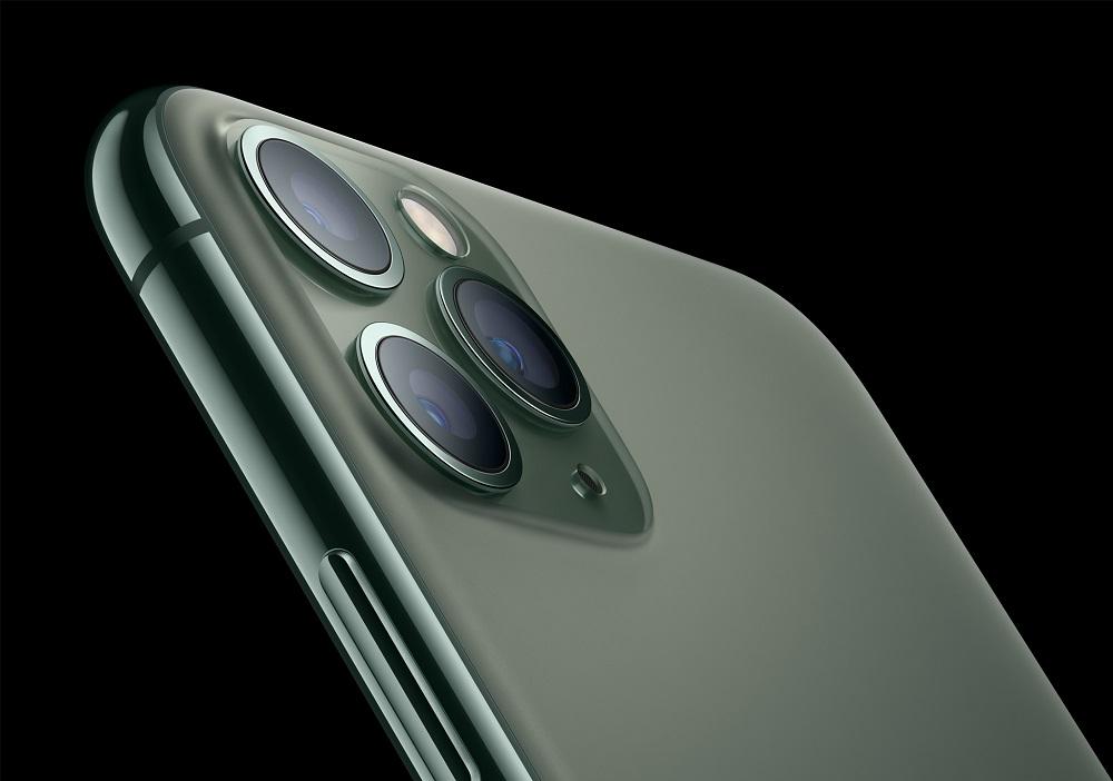 1_Apple_iPhone-11-Pro_Matte-Glass-Back_091019.jpg