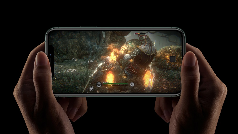 2_Apple_iPhone-11-Pro_A13-Bionic_091019.jpg