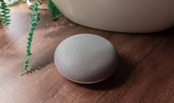 Три запитання до смарт-колонки Google Home Mini