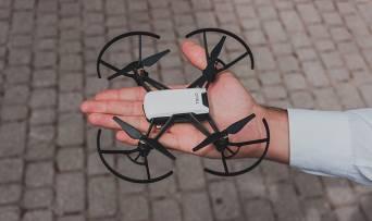 Селфі з повітря: огляд квадрокоптера Ryze Tello від DJI